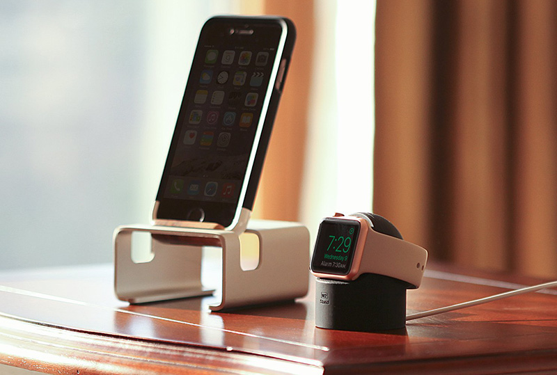 Best Apple Watch Series 2 stand