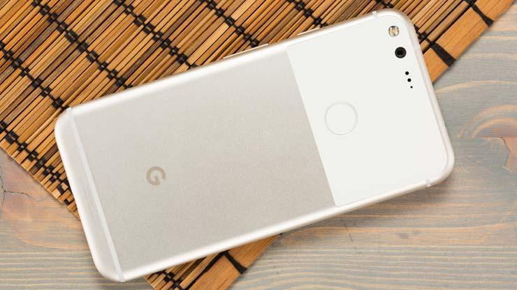 Google Pixel wireless charging accessory